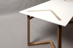 Table C12 L12 - Design Camille Angibaud & Jorg Guessner pour Arca // © Karin Demeyer