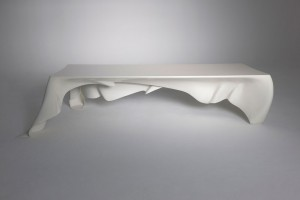 © Stilwerk Limited Edition Design Gallery, Hamburg - Table Phantom par GRAFT