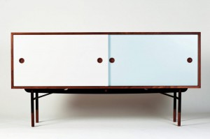 Buffet par Finn Juhl - Edition One Collection // © Galerie Triode