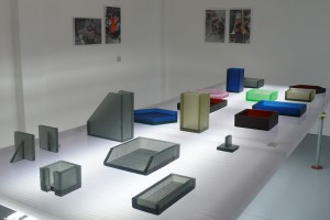 Collection Block Containers -  Sylvain Willenz + CIRVA  - Production La Fonderie de Verre pour Victor Hunt Gallery // © Yookô