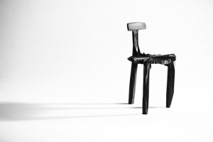 Design Days Dubai 2013 - Noize Chair de Guto Requena // © + Coletivo Amor de Madre