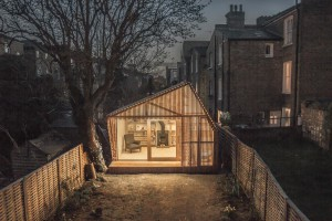 Writer's shed à Londres par Surman Weston // © Wai Ming Ng