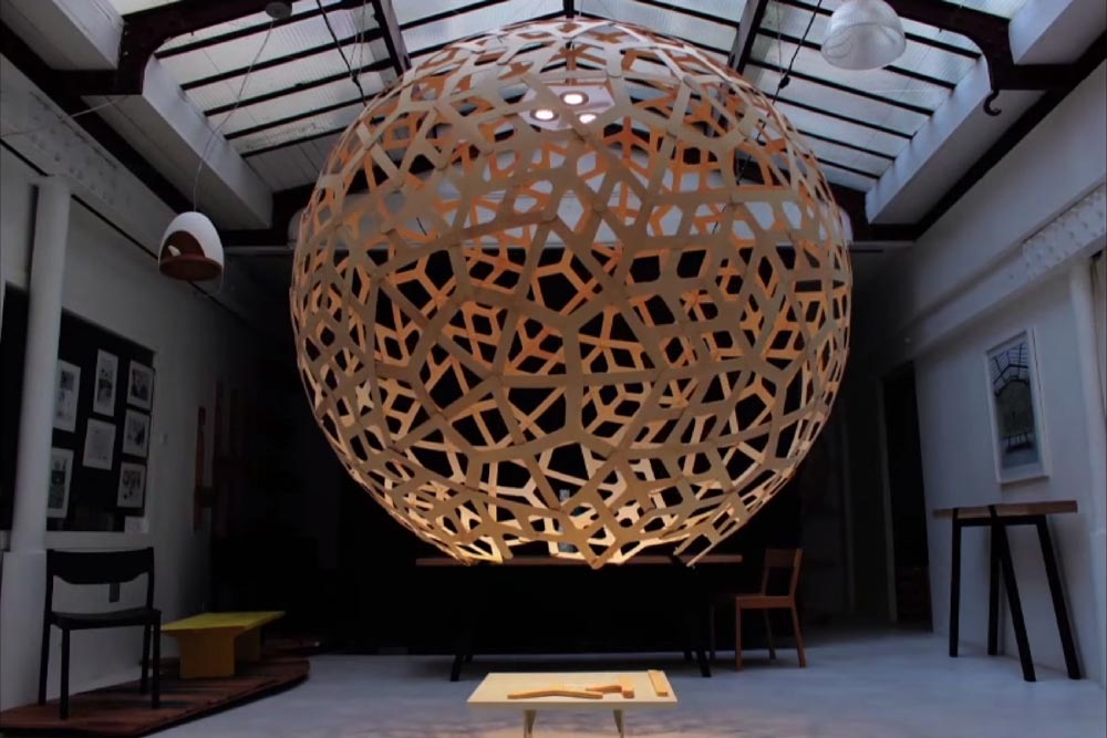 Suspension Giant Coral - David Trubridge pour Moaroom / Ecodesign / Yooko
