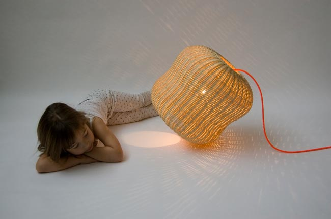 Atelier Jes - Lampe Cacahuète - PlayWithDesign 2015 / Yookô Network