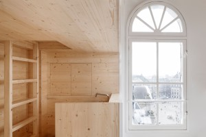 Room on the roof par les néerlandais de i29 architects // © i29