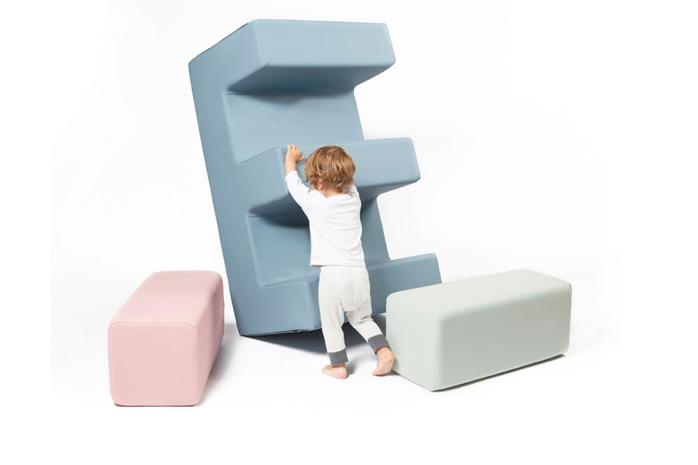 Module E - design pour enfants / Collaboration designer Marine Peyre et Serge Ferrari / Paris Design Week 2015 / Yookô