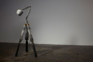Design Days Dubai 2013 - lampe Prickly par Lucy McRae  // © Broached Commissions Gallery