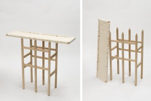 Wool and Wood par Amaury Poudray pour l'exposition Objects In Between  // © Alexander Böhle